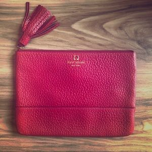Fossil Pebble Leather Clutch ~ Red